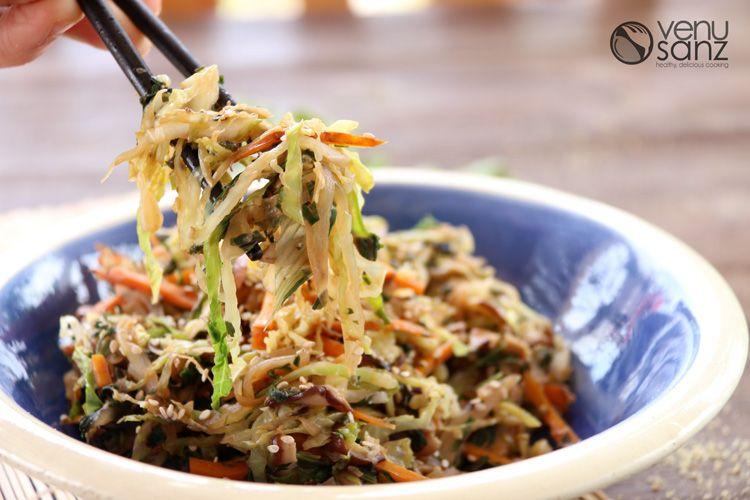 Salteado de verduras con hojas de remolacha