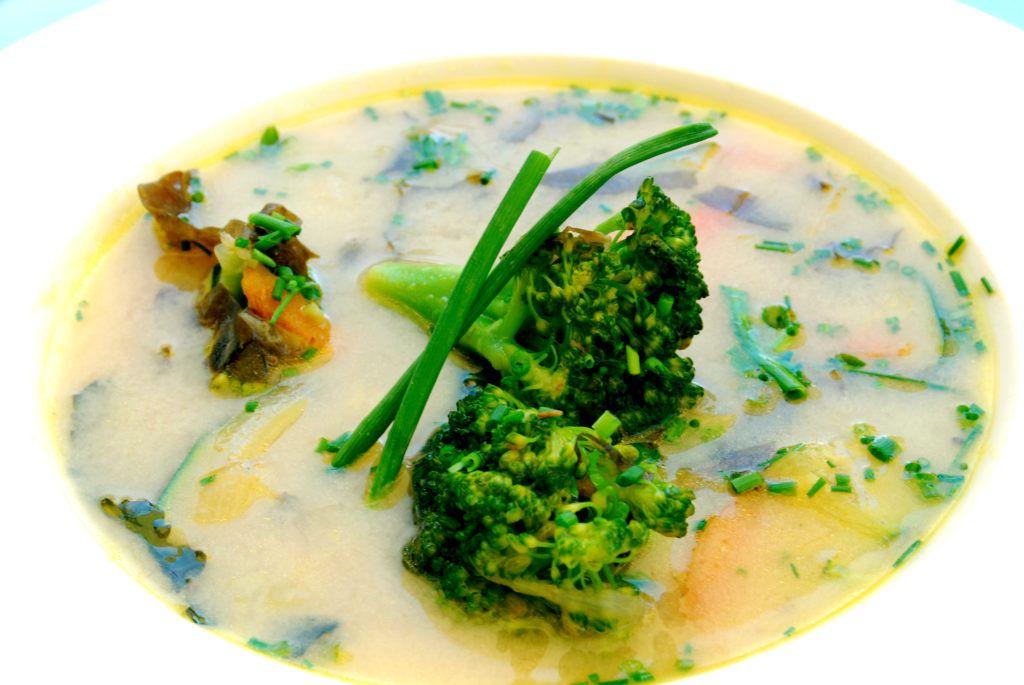 Sopa vegana de miso
