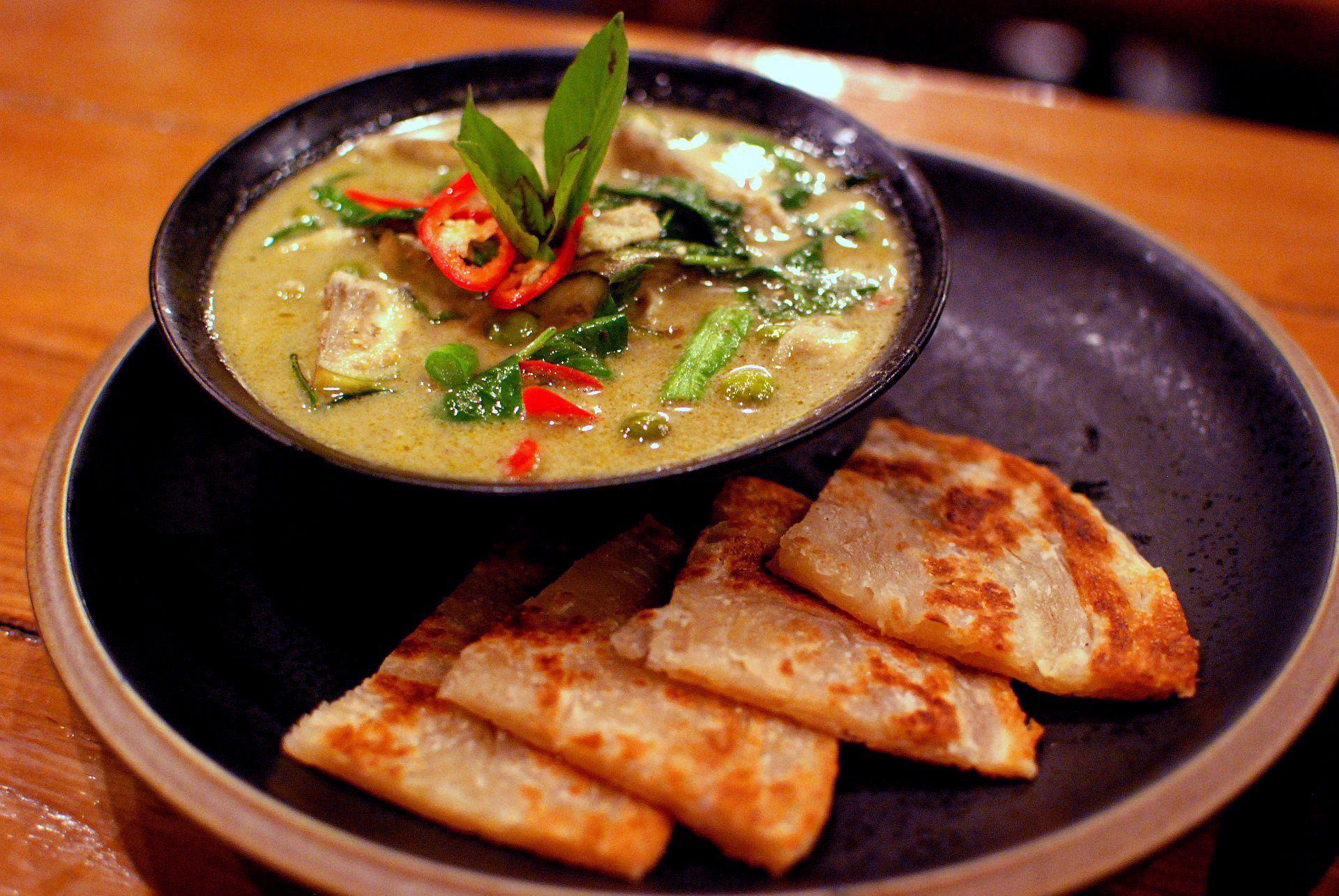 sopa vegana tailandesa